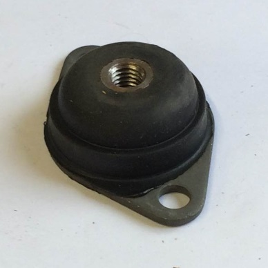 Rubber engine mount